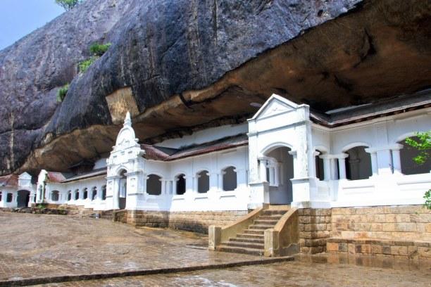 2 Wochen Sri Lanka, Sri Lanka, Die fünf Höhlentempel von Dambulla solltest du dir nicht entgehen la
