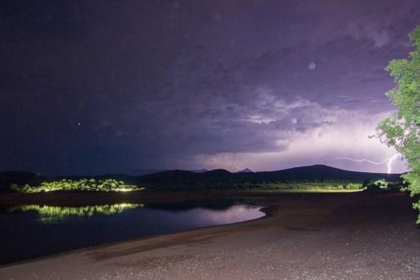 Kurztrip Landesinnere, Südafrika, So sah es dann eine halbe Stunde später aus! Ein Blitz hat sogar für