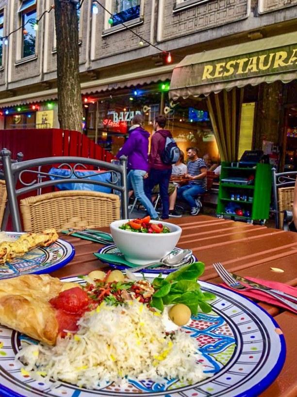 Kurzurlaub Rotterdam (Stadt), Südholland, Niederlande, Große Empfehlung in der Witte de Withstraat: Das Restaurant BAZAR mit