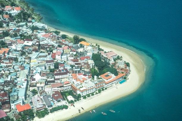 Zwei Wochen Sansibar (Zanzibar), Tansania, Der älteste Teil von Sansibar-Stadt ist Stone Town. Die Häuser stamm