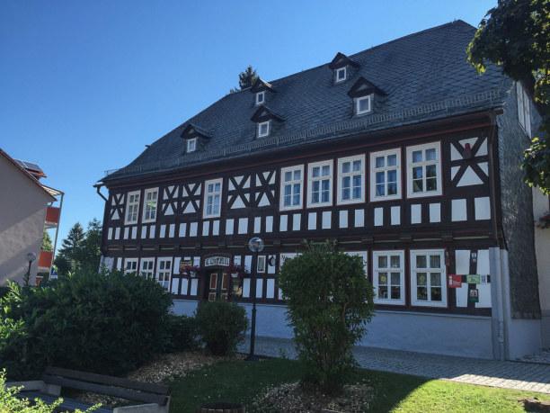 Kurztrip Oberweißbach (Stadt), Thüringer Wald, Deutschland, Im Fröbelhaus in Oberweißbach befindet sich ein interessantes Museum