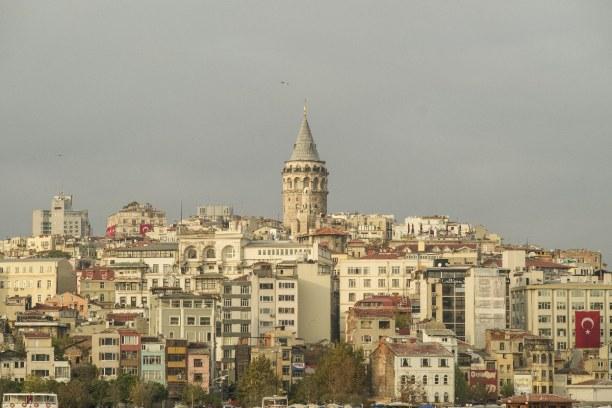 Kurzurlaub Türkische Ägäis, Türkei, Der Galataturm in Istanbul diente als Wachturm. Heute gibt es dort ein