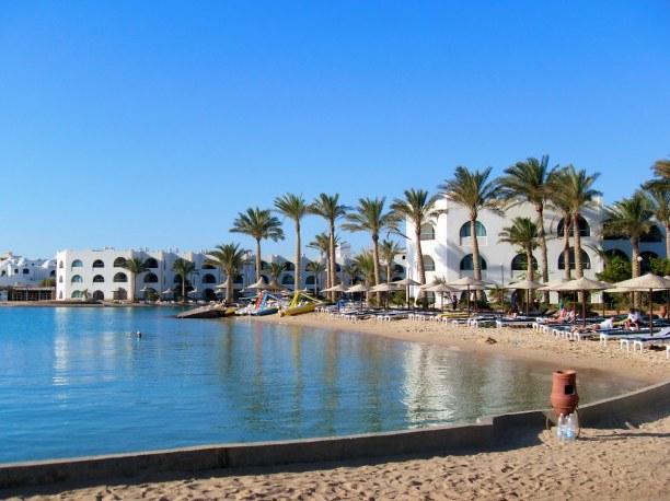 Langzeiturlaub Tunesien, Tunesien, In Monastir gibt es einen Yachthafen, eine Burg, ein Mausoleum, versch