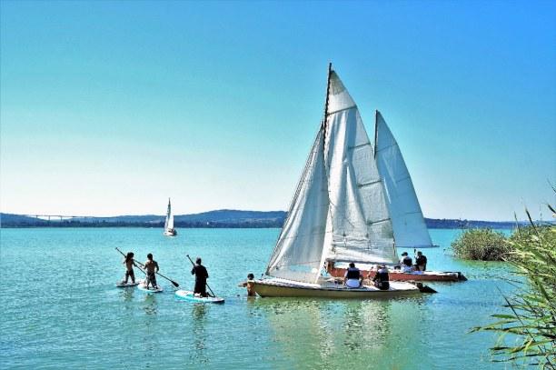 1 Woche Balaton (Plattensee), Ungarn, Das Wasser des Balatons ist sehr sauber. Motorboote sind hier nicht er