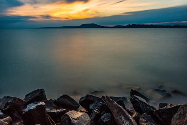 1 Woche Balaton (Plattensee), Ungarn, Im Südosten liegt Balatonboglár. Dort gibt es einen Hafen, Beachvoll