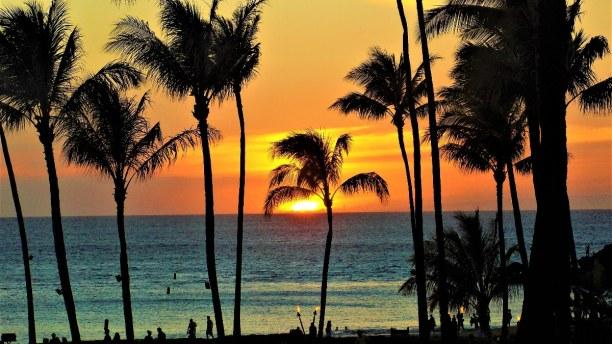 1 Woche Hawaii, USA, Maui kann durch seine 193 km lange Küstenlänge und seine Strände pu