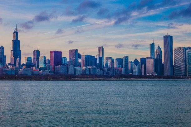 Kurztrip Illinois, USA, Chicago ist unter anderem der Schauplatz in den Batman Filmen und hier