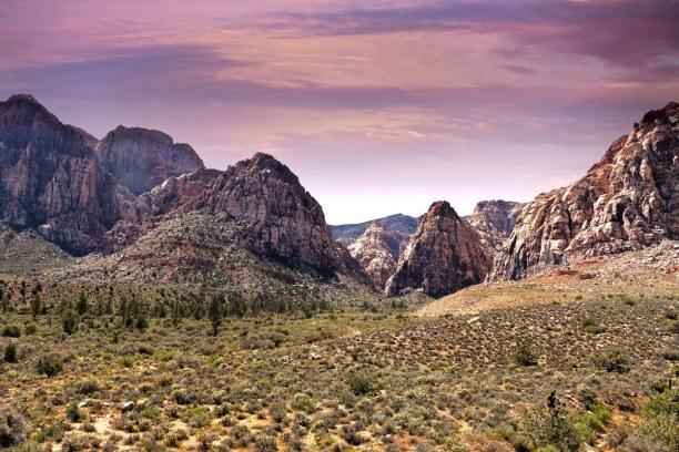 Langzeiturlaub Nevada, USA, Der Red Rock Canyon liegt rund 27 km westlich von Las Vegas entfernt i