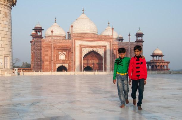 Kurztrip Agra (Stadt), Uttar Pradesh, Indien, Das Gelände des Taj Mahals ist sehr weitläufig, es gibt auch einige
