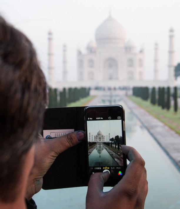 Kurzurlaub Agra (Stadt), Uttar Pradesh, Indien, Eigentlich hat man den Taj Mahal schon tausendfach auf Bildern gesehen