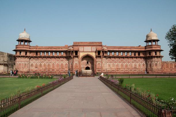 Kurztrip Agra (Stadt), Uttar Pradesh, Indien, Die ältesten Teile des Forts stammen aus der Zeit von Akbar dem Groß