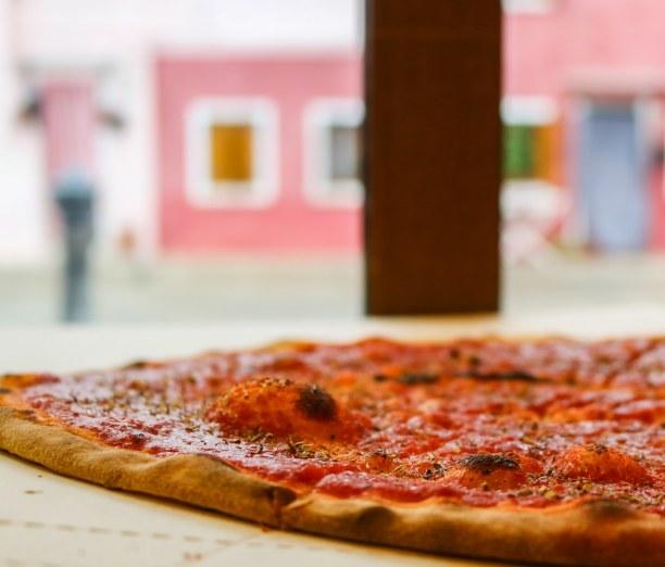 Kurzurlaub Venedig (Stadt), Venetien, Italien, In Italien MUSS man einfach Pizza essen! Hier die ganz klassische Mari