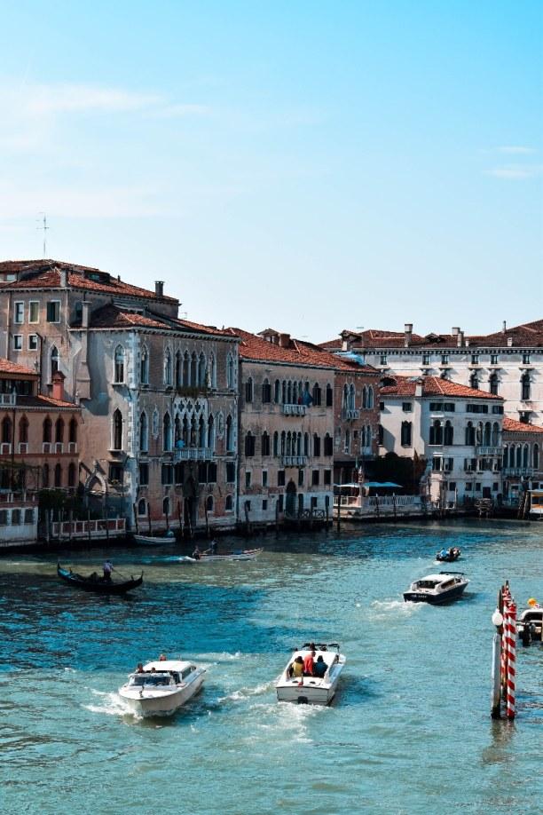 Kurzurlaub Venedig (Stadt), Venetien, Italien, Der Canal Grande teilt die Stadtsechstel San Marco, Cannaregio und Cas