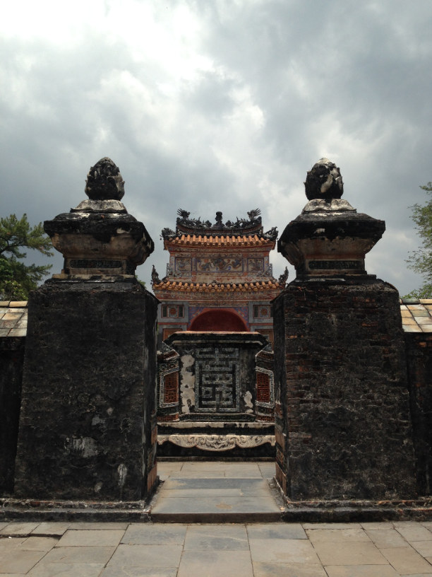 Zwei Wochen Vietnam, Vietnam, In Hue lohnt es sich einen Roller zu mieten, um die um die Stadt verst