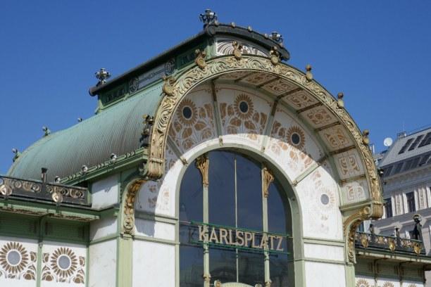 Kurzurlaub Wien (Stadt), Wien und Umgebung, Österreich, Otto Wagner gestaltete die berühmten Stationen der Stadtbahn.