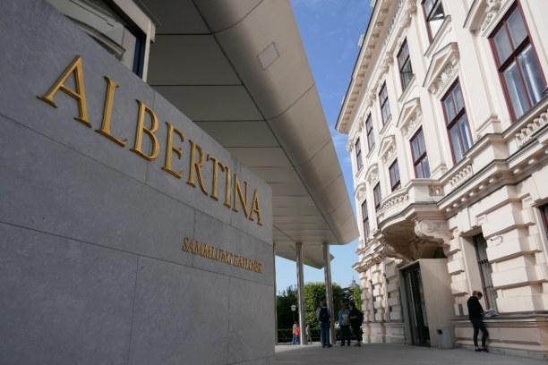 Kurztrip Wien (Stadt), Wien und Umgebung, Österreich, In der Albertina finden immer wieder Sonderausstellungen statt. Moment