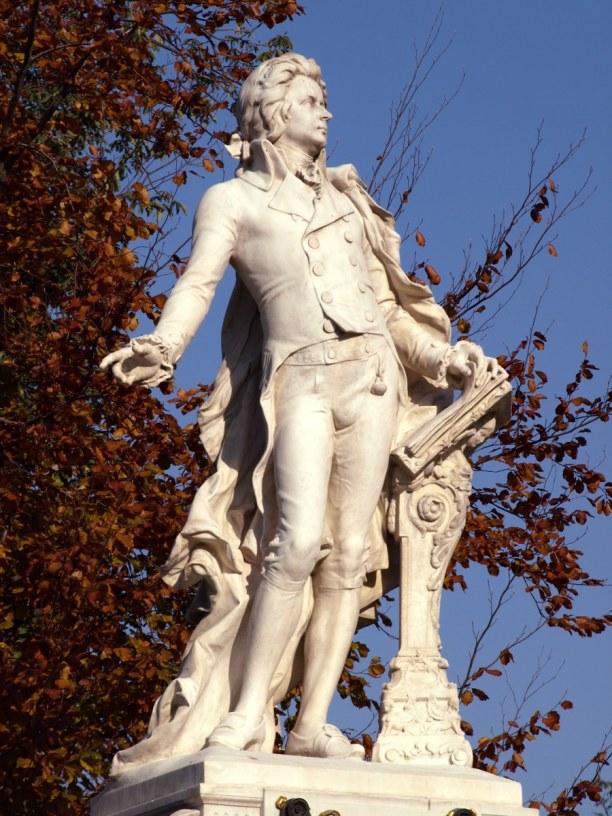 Kurztrip Wien (Stadt), Wien und Umgebung, Österreich, Wolfgang Amadeus Mozart lebte einige Jahre in Wien.  Wenn du am Stepha