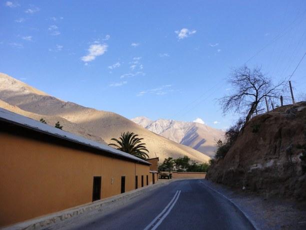 Kurztrip Pisco Elqui (Stadt), Zentralchile, Chile, Der Blick von Pisco Elqui auf die umliegenden Berglandschaften